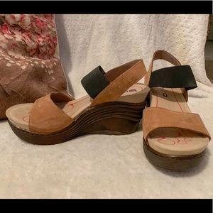 Bionica Wedge Sandal